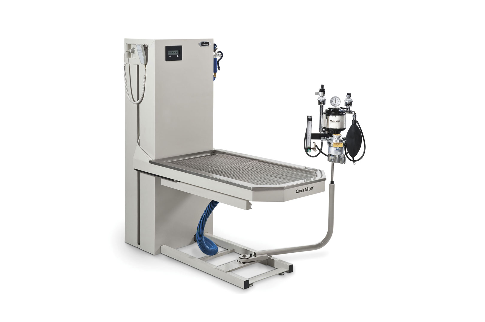 Midmark-VMS-and-VME2-with-Midmark-Wet-Lift-Table