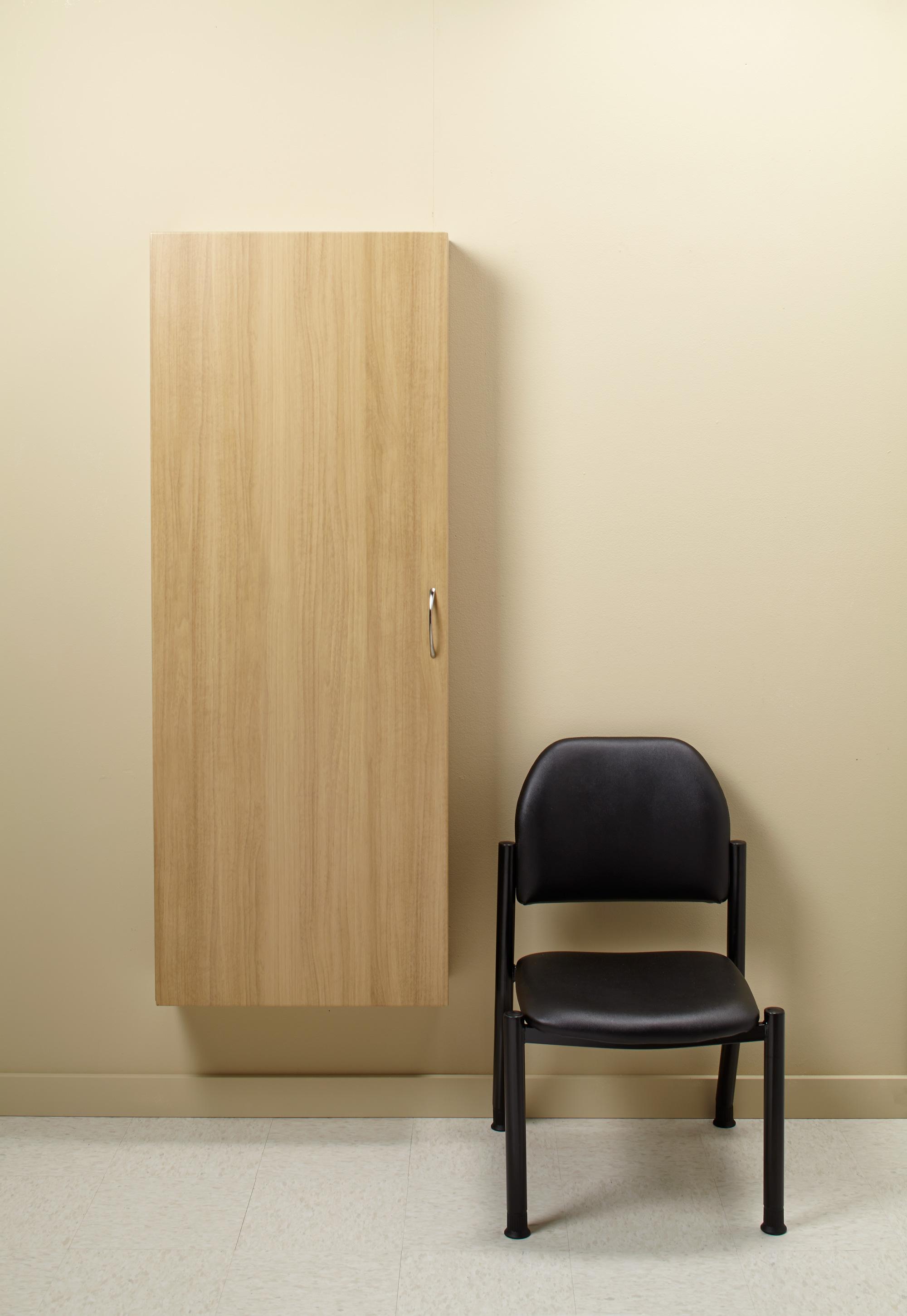 casework_mid_blueroom_nook_closed_set_2_21